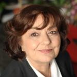 Ana Blandiana, poeta del mes.
