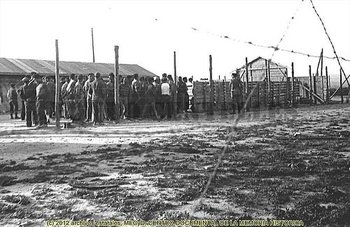 Camp de Bram, fotografia d'Agustí Centelles