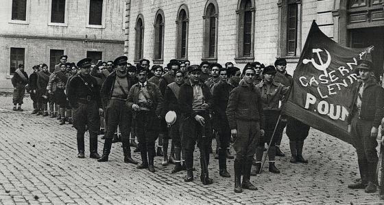 Caserna Lenin al 1936 amb George Orwell